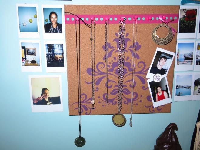 photos, pin board, office, desk, jewellery,